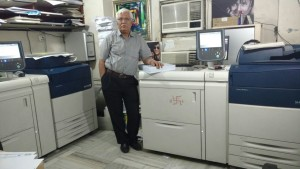 Speed Print_Mr Vinod Dutia with Xerox Presses